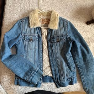 Hollister denim zip up furry neck jacket